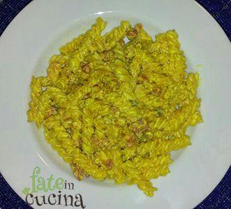 Fusilli pancetta e curry http://www.fateincucina.it/fusilli-pancetta-e-curry/