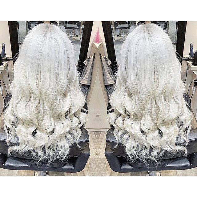 Love the way touched up roots and a fresh style feels! Can you believe I used to have jet black hair? C #platinum #silverhair #white #blonde #girl #selfie #salon #hairstyle #curls #longhair #longhairdontcare #girls #fashion #beauty #inspiration #instagram #blog #beautyblogger #beautycare #hair #crazyhair #waves #bleach #olaplex #healthy #roots Web Instagram User » Collecto