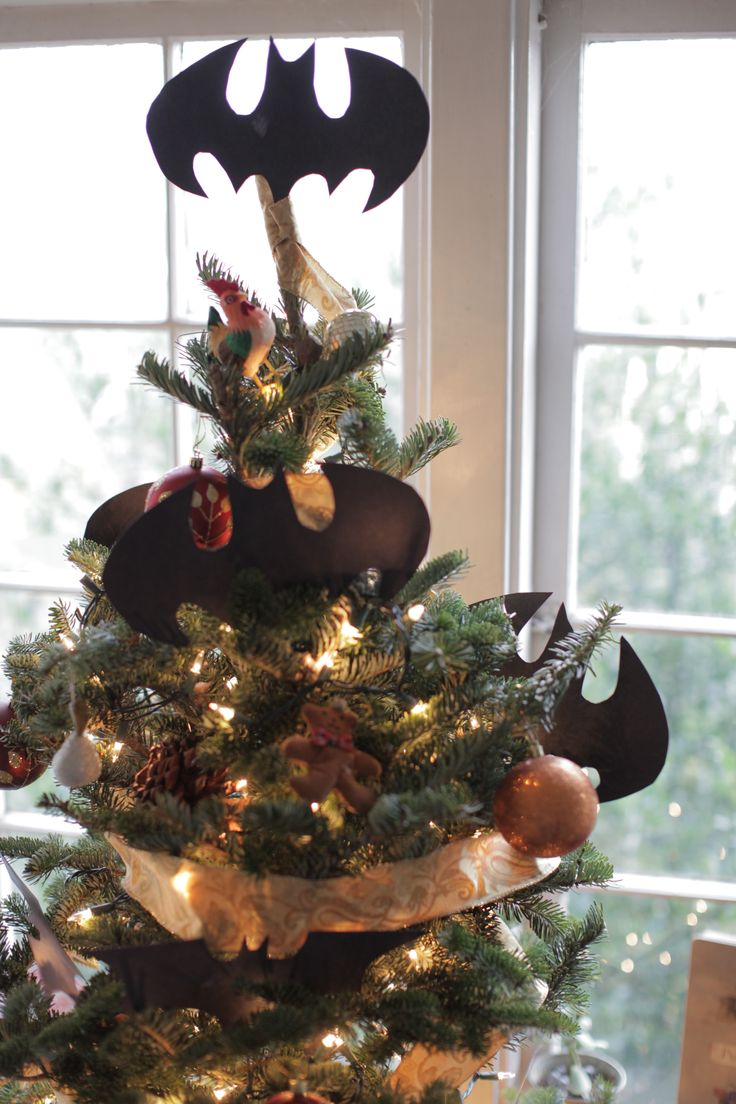 Batman christmas tree ornaments - Batman Christmas Tree