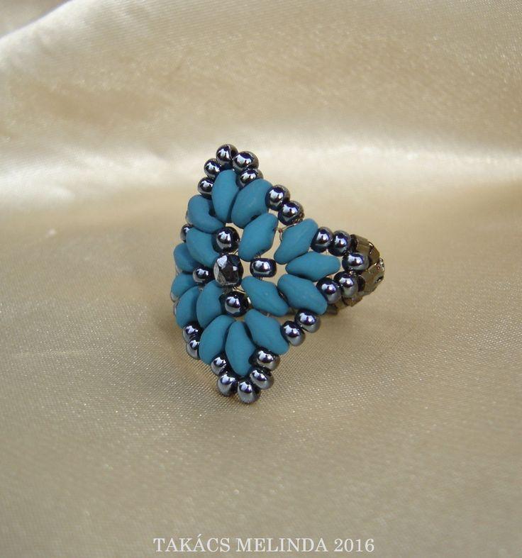 matte blue-hematite superduo beaded ring by Melinda