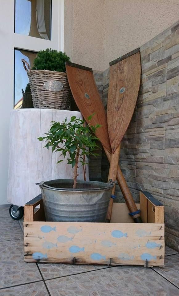 Nyár, terasz, evezőlapátok...Summer, Terrace, scull