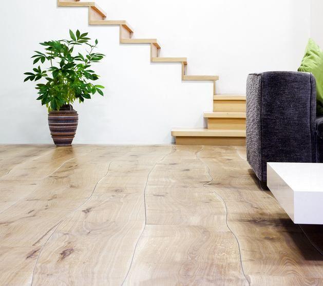 Полы из твёрдых пород древесины — это качество, долговечность и невероятно привлекательный внешний вид. Какой тип дерева выбрать? Как ухаживать за таким покрытием? Ответы — в нашем обзоре http://roomble.com/publication/kak-pravilno-vybirat-derevyannyj-pol-i-chto-nuzhno-o-nem-znat/