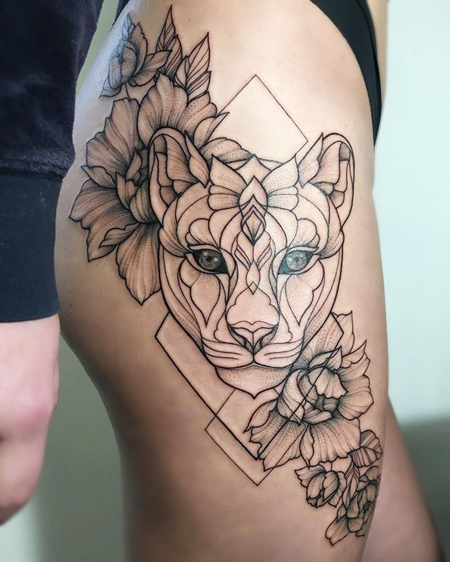 #irainkers #tattoo #linework #dotwork #cat #geometry