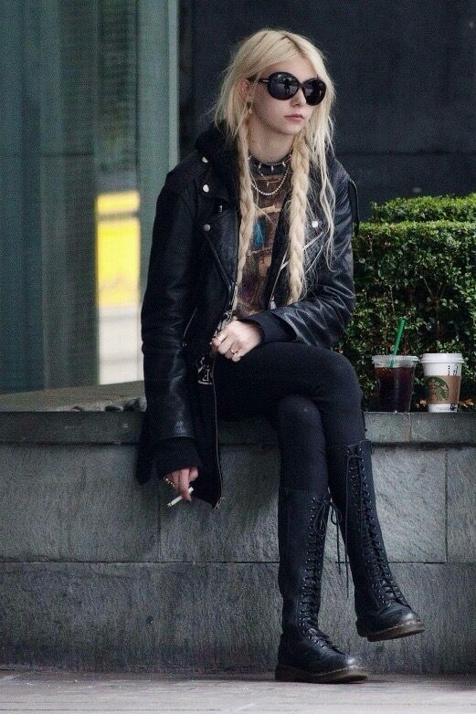 Taylor Momsen from The Pretty Reckless