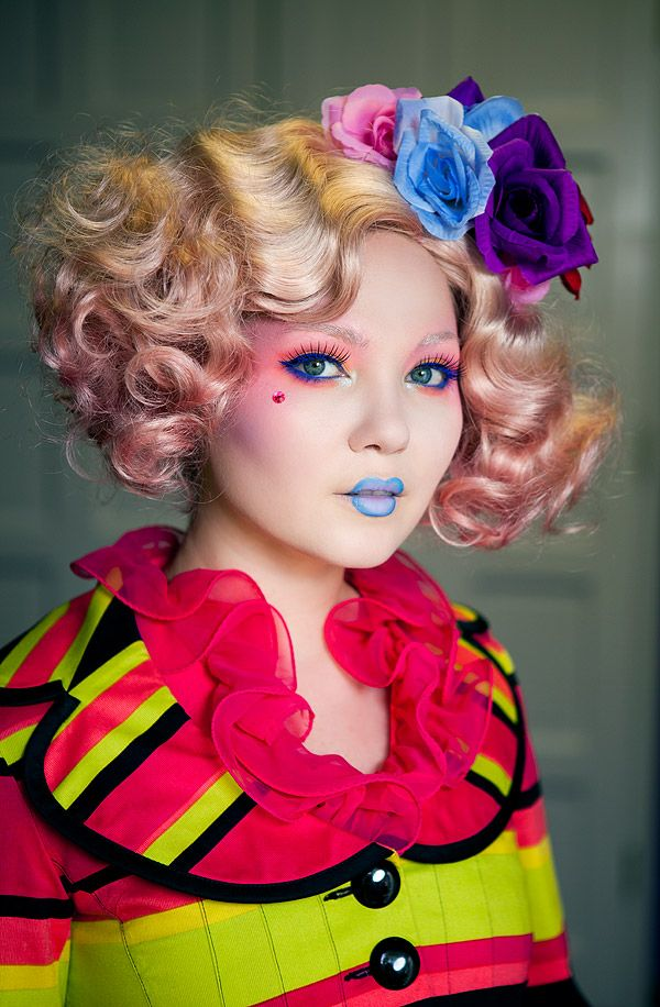 Doe Deere as Effie Trinket of The Hunger Games! Featuring No She Didn't & D'Lilac lipsticks and a new upcoming fantasy palette by Lime Crime.