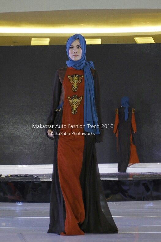 Etnic style for night wedding party with hijab