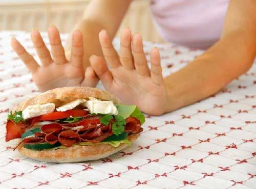 Очищаем организм голоданием.  Правильные способы и методики лечебного голодания