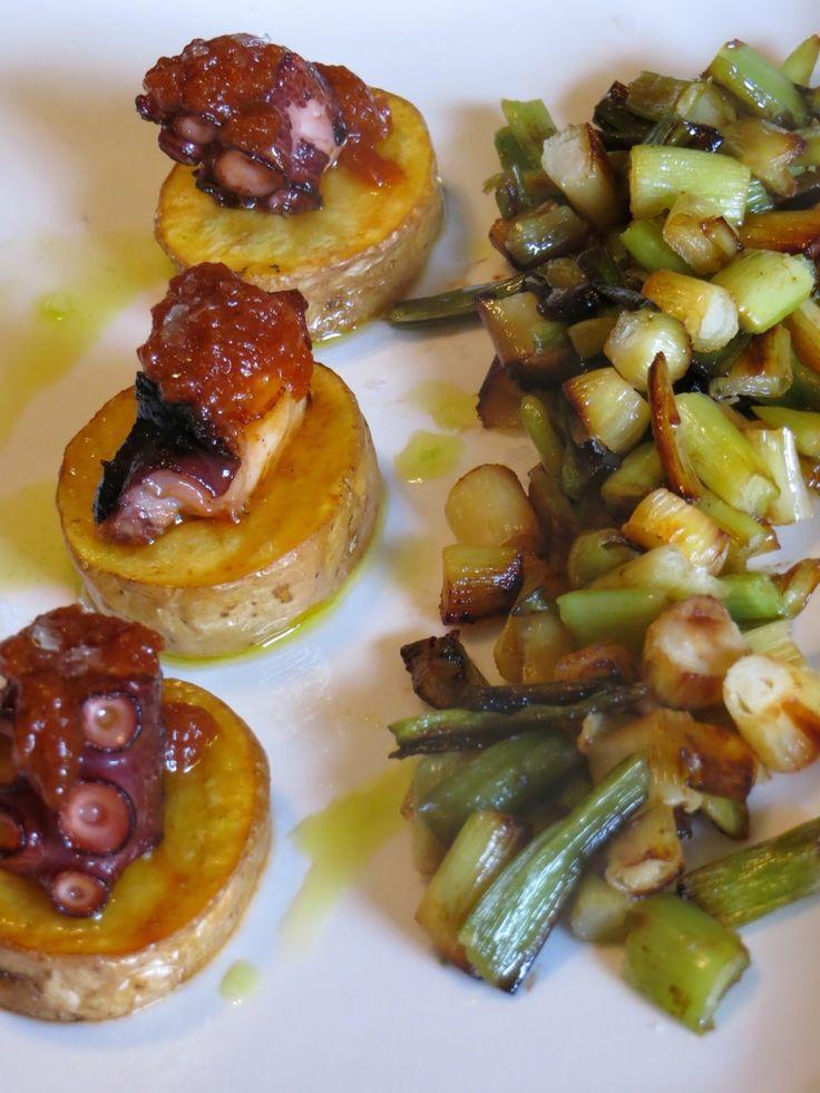 Pulpo con patata a la plancha con aceite cortado de pimentón