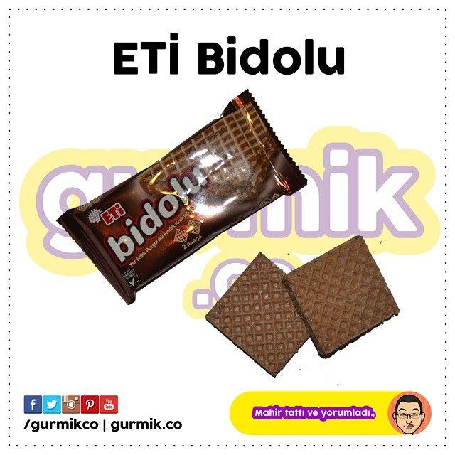 ETİ, bu aralar peşpeşe yeni ürünlerini çıkardı: #EtiBollos, #EtiKaramGurme Mini gibi… Yeni ürünü ise yine farklılığıyla öne çıkıyor: #Etibidolu Eti bidolu, fıstık parçacıklı, bol kakao kremalı ve 2...