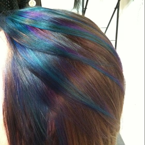 if I didn't do peekaboo highlights, this is probably as bold as I would go