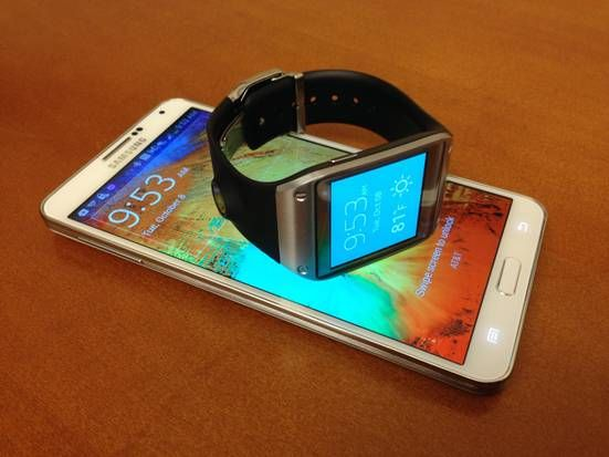 Samsung Note 3 and Gear smart watch gaining traction