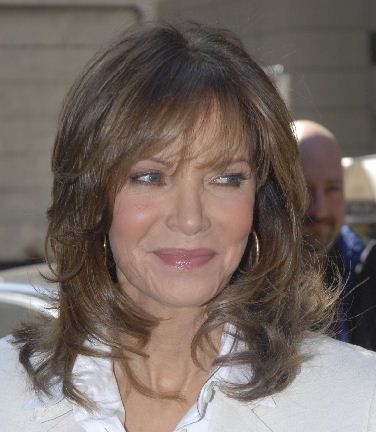 11 best Jaclyn Smith images on Pinterest | Los angeles, Hair dos ...