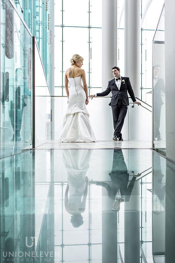 08-ottawa-winter-wedding-museum-of-nature-bride-groom