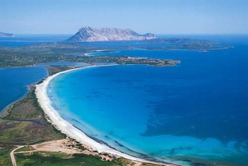 "San Teodoro ""La Cinta""    5 km beach with some of the best see-through waters in the whole island."