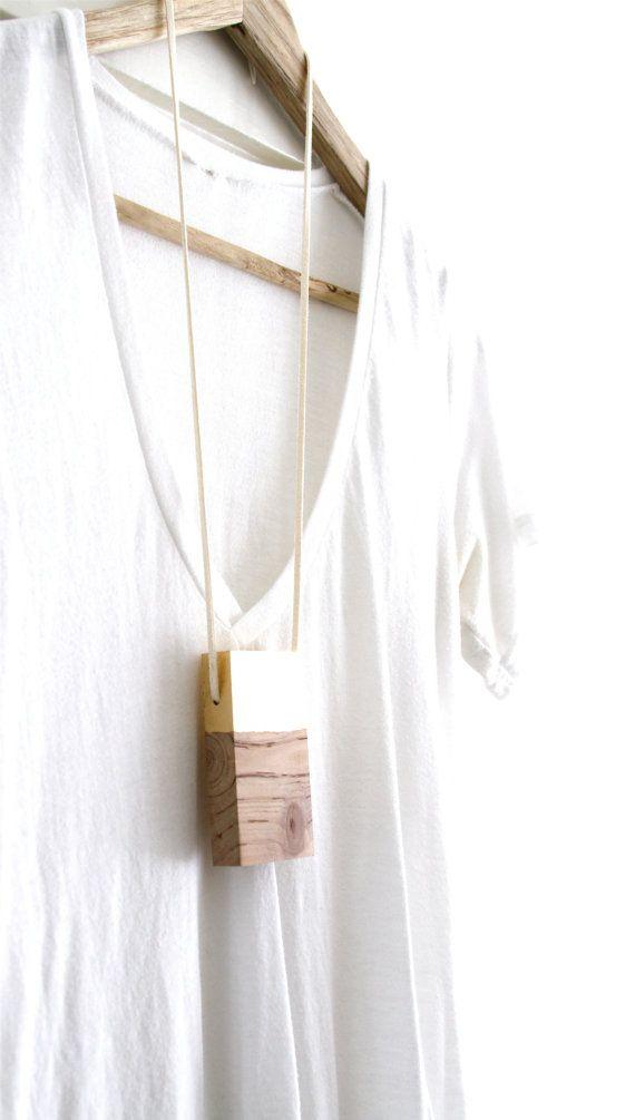 Minimalist Wood Necklace Contemporary Wood por totemcolorblocks