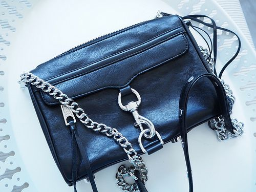 A'la Annn: Early Christmas present - from me to me  Rebecca Minkoff - Mini mac crossbody bag. Black color. Silver details.   Leather bag. Fashion.