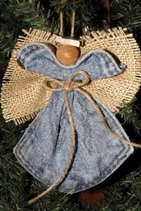 Jean Pocket Angel, I have to make one for my mom!   :)
