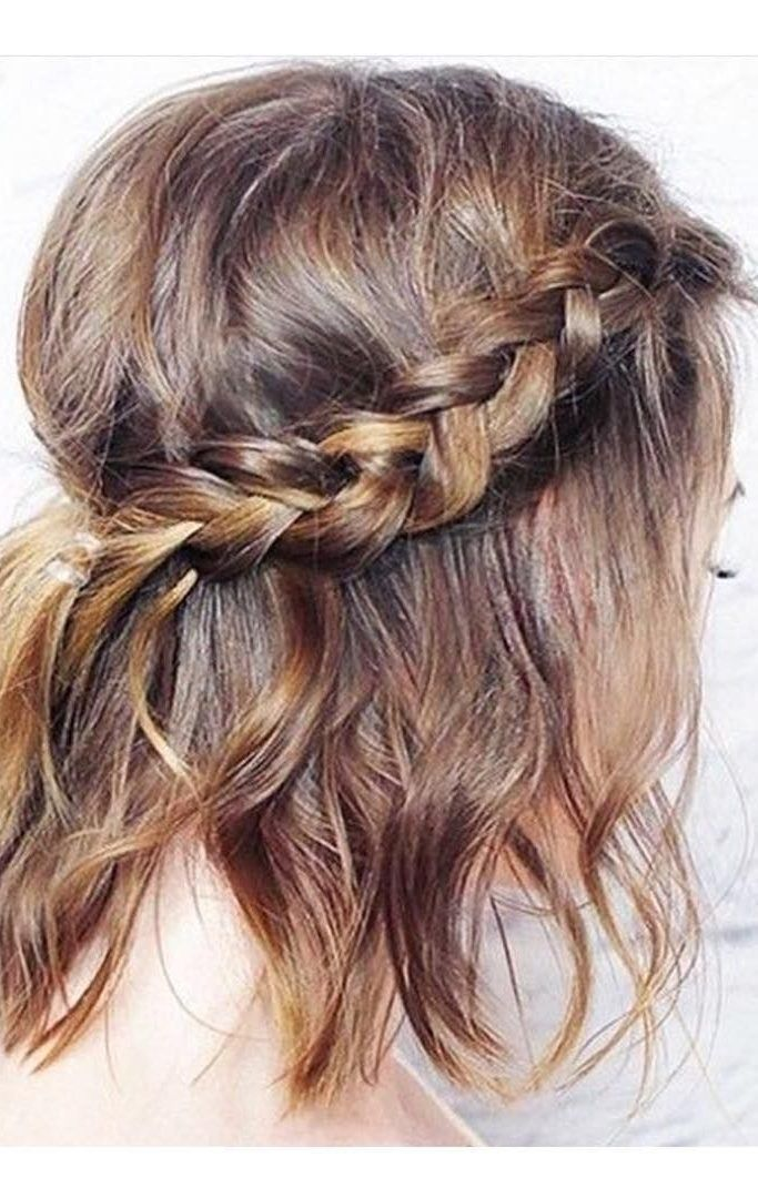 What Hairstyle Suits You Short Hair Styles Easy Prom