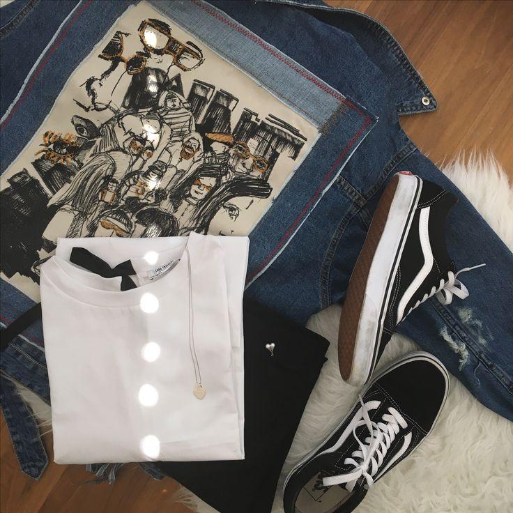 - Jacke/ T-Shirt/ Leggins: Zara - Kette: Tiffany - Ohrringe: H&M - Schuhe: Vans