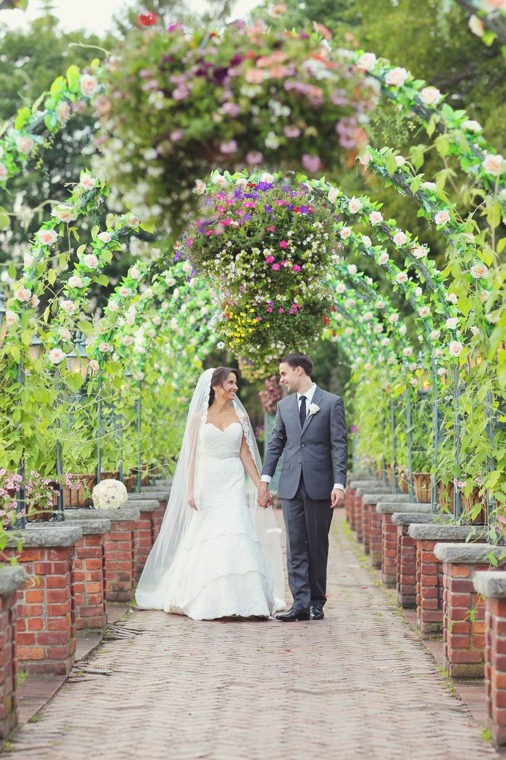 low budget wedding new jersey%0A Stylish New Jersey Wedding by Vanessa Joy Photography