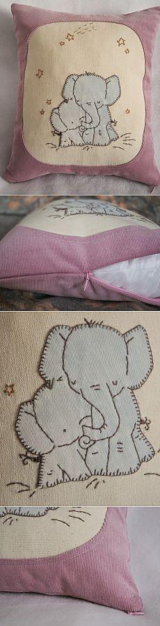 Вельветовая подушка с семейкой слоников. Pillow with elephant family applique based on Kit Chase`s illustration|Шнуристика