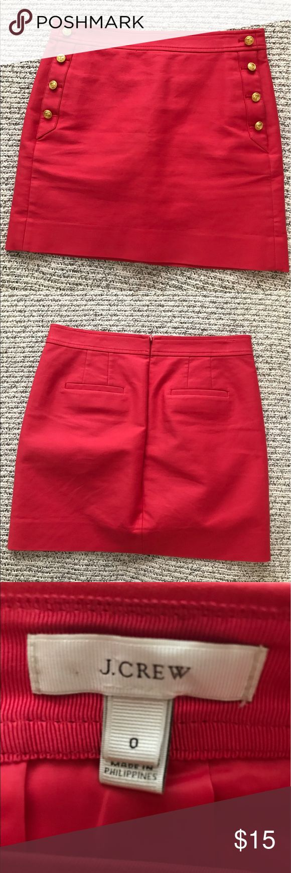 Preppy cute j crew skirt with pockets This skirt is nautically fabulous with a nice pink/salmon color and POCKETS!! Hits mid thigh. Worn twice. J. Crew Skirts Pencil
