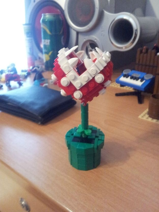 A piranha plant from Super Mario Bros. -- and 23 other cool Lego creations!