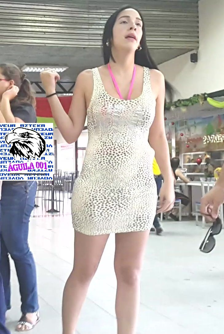 474f6c1bc Sexy chica en vestido  corto y entallado Fotos De Mujeres Hermosas