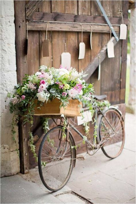 Rustic Bike Perfect For Wedding Pictures