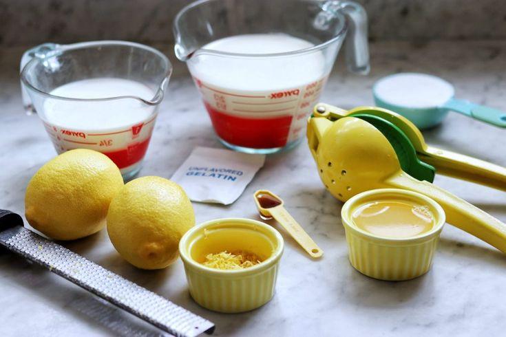 Zitronen-Panna-Cotta mit Blaubeeren Rezept von Fab Everyday: Es ist einfacher als Sie denken!