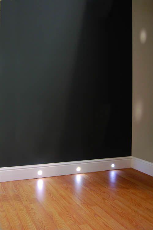 Podlahové lišty jsou odolné kvalitní soklové lišty. | Polystyrenové lišty, fasádní lišty, fasádní profily, ozdobné
