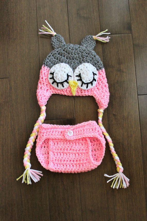 Hoot Hoot … SLEEPY OWL SET – Hut- und Windelüberzug für Mädchen in Grau und Pink -…