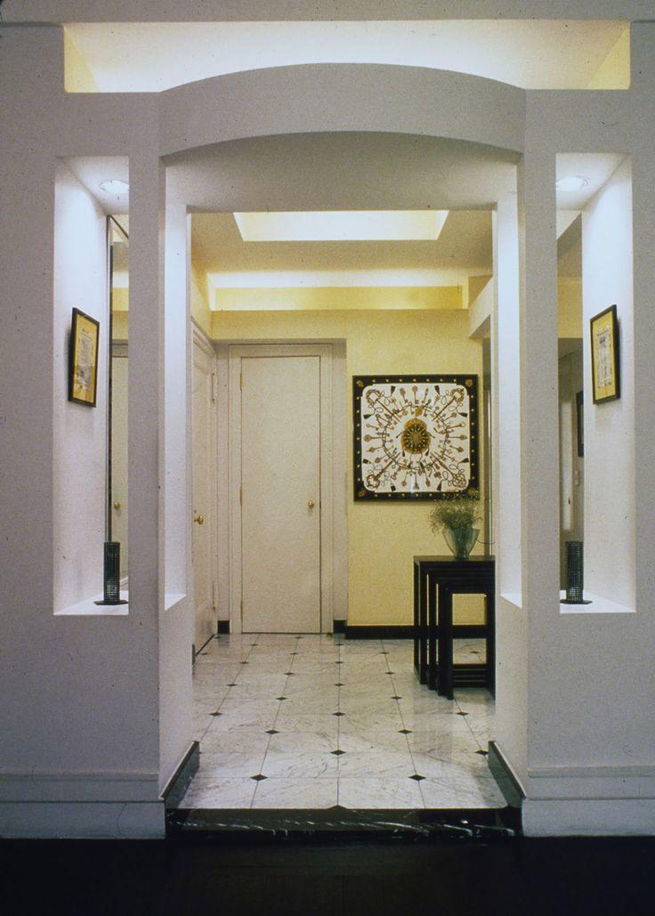 entryway foyer ideas   Console Table Simple Design For Small Foyer Home Ideas  IYUMECOM