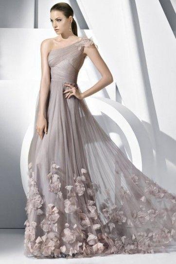 Gli abiti da sposa adatti