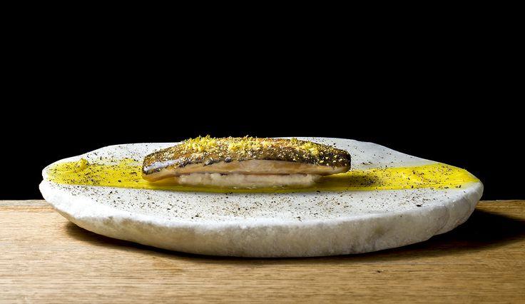 Caballa glaseada, boniato y pimienta. #cocina #gastronomía #RicarCamarena #EstrellaMichelin