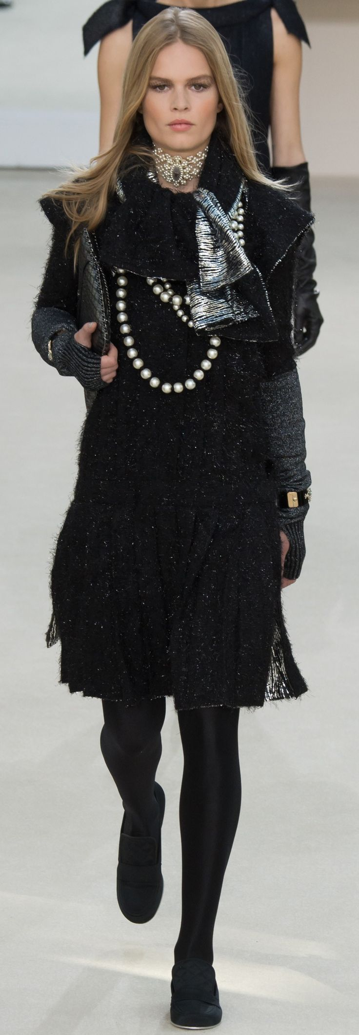 Vintage is ahead of it's time. JOIN ME http://www.thevintagelighthouse.com/ Chanel. Fall 2016