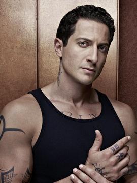 Sasha Roiz as Captain Sean Renard, Nick's superior officer. He is half human and half Hexenbiest.