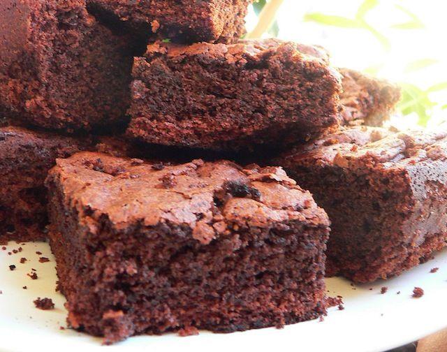 Brownies col Bimby http://www.ricette-bimby.com/2010/07/mattoncini-di-cioccolato-col-bimby.html