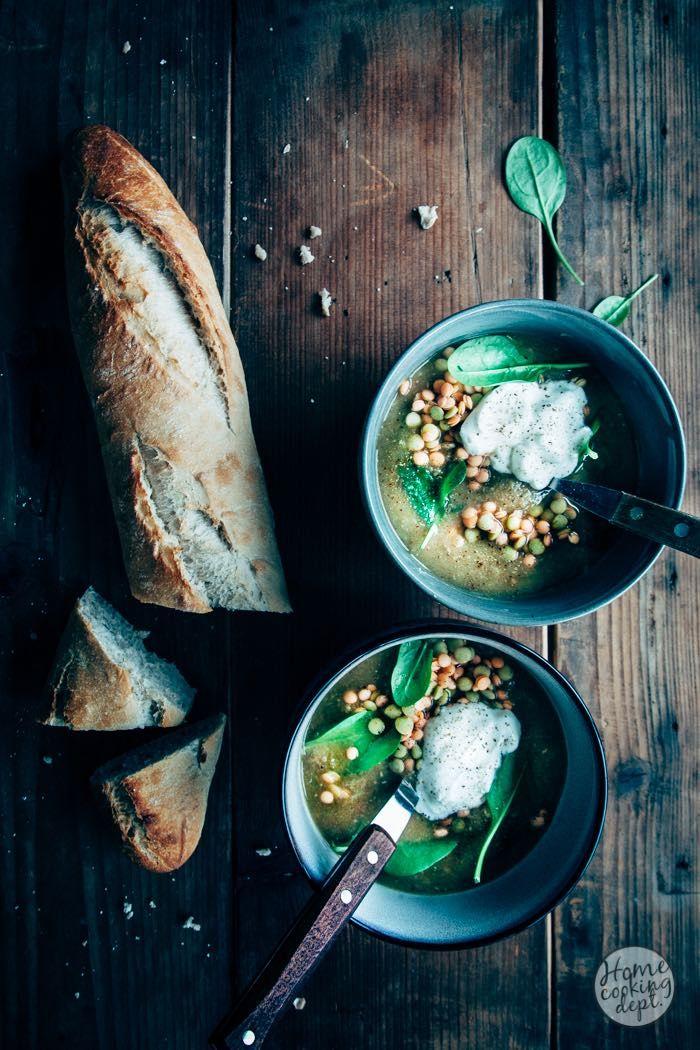 Linzensoep met spinazie en yoghurt