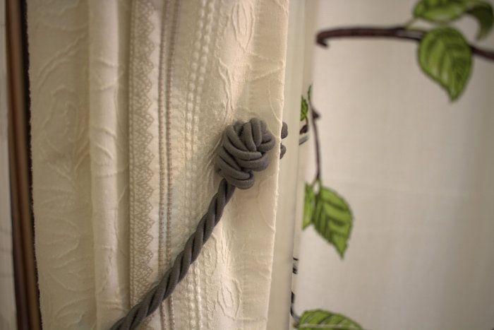 壁に穴を開ける事なく、カーテンを留めることが可能です。。【タッセル】フランス製マグネットタッセル。タッセルの端から端までは約60cm。トラディショナル系でもナチュラル系の生地でも合わせられるシンプルなデザイン【アイボリー】【ベージュ】【グレー】【ローズ】