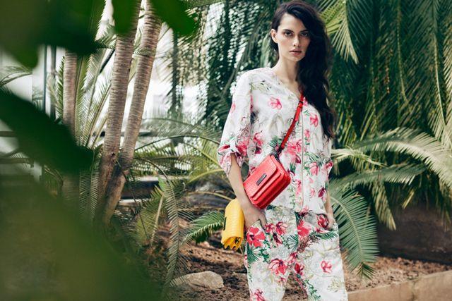 Lookbook Monnari wiosna-lato 2017       Zobacz cały artykuł na naszej stronie: http://fashionmedia.pl/2017/02/07/lookbook-monnari-wiosna-lato-2017/  Kategorie: #Buty, #ModaDamska, #Torby Tagi: