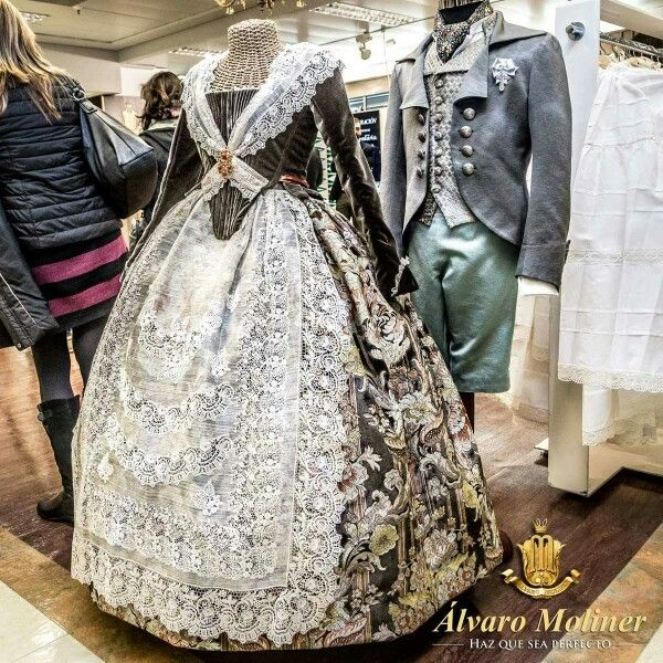Me encanta ! ! Vestido Álvaro Moliner