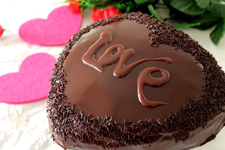 Tarta corazón de chocolate y trufa para San Valentín sin lactosa | Chocolate lover cake