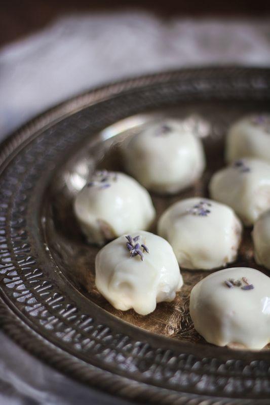 chocolate almond truffles chocolate truffle recipe chocolate truffles ...