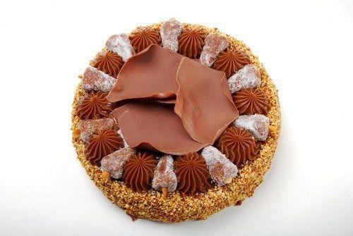 Ореховый торт из песочного теста с шоколадно-сливочным кремом