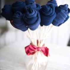 Sock Bouquet!!! Great idea for Father's Day from the Dating Divas website.