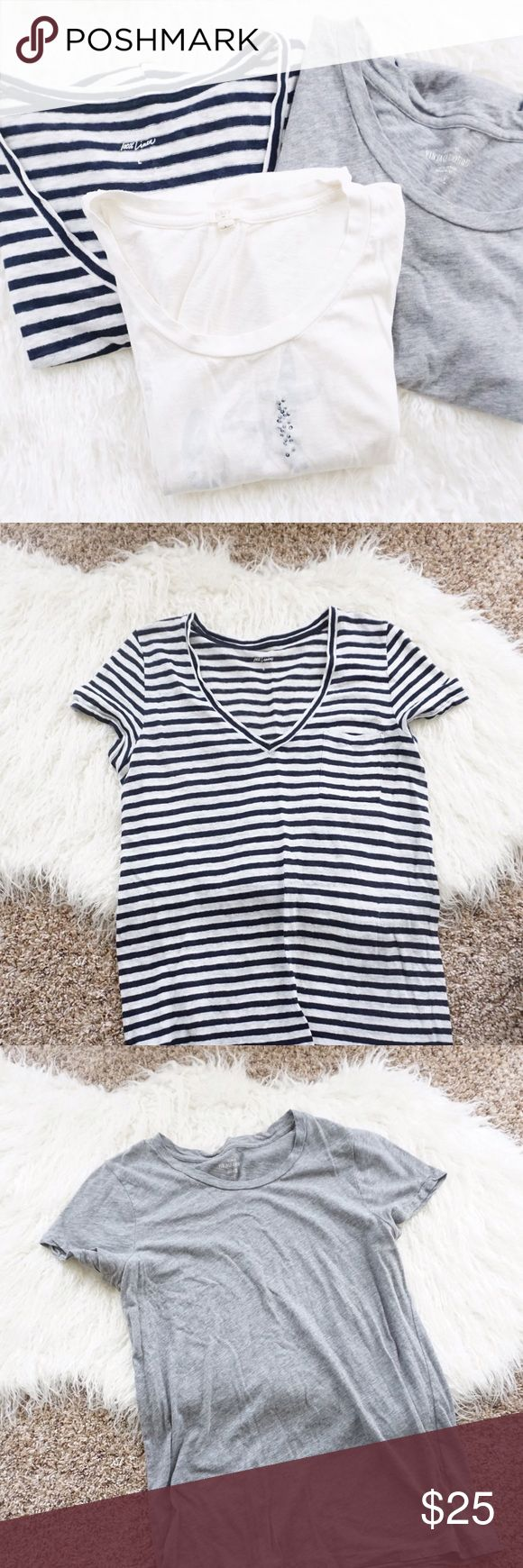 J.Crew Neutral Basic Tees Bundle J.Crew neutral Tees Bundle size large. Includes one black and white 100% linen, one gray vintage cotton scoop neck, and one Cest Bon graphic tee. In excellent condition with no stains rips or tears. J. Crew Tops Tees - Short Sleeve