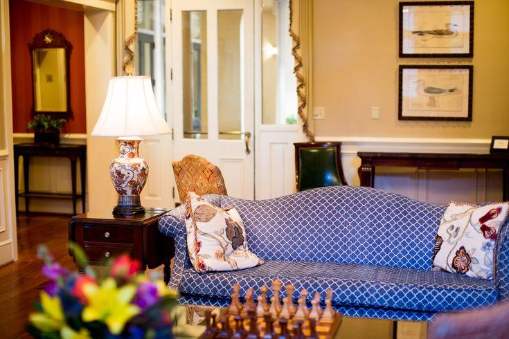 Girls' Trip to Charleston at the Kings Courtyard Inn | via @kellyinthecity