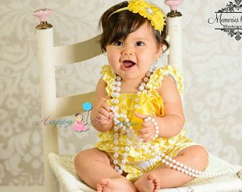 mameluco luz amarilla de encaje Petti mameluco por HappyBOWtique