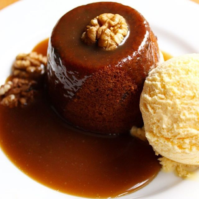 Sticky Toffee Pudding - the new and updated recipe is up on the blog today! Soft date sponges drizzled with homemade toffee sauce. A comforting dessert perfect for autumn! #whatjessicabakednext